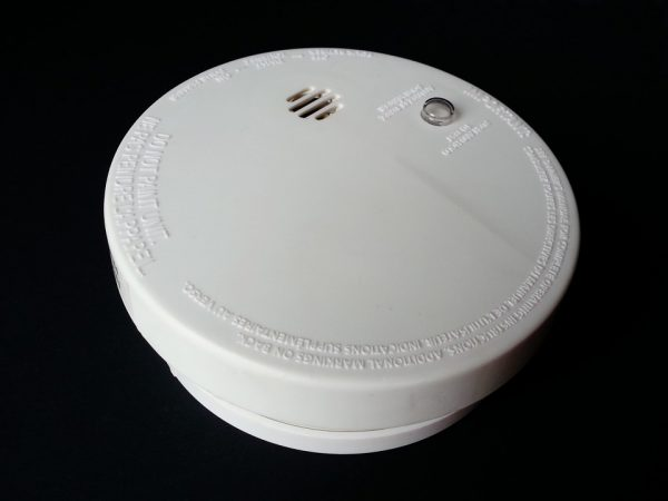 Les alarmes connectées, de véritables moyens de porter une franche surveillance des biens et des personnes