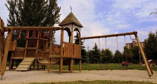 La balançoire en bois, un bien meilleur équipement pour une qualité de divertissement